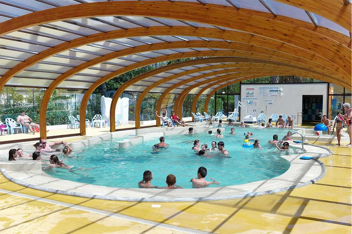 Camping embrun avec piscine 4 etoiles camping 4 toiles for Camping calvados avec piscine